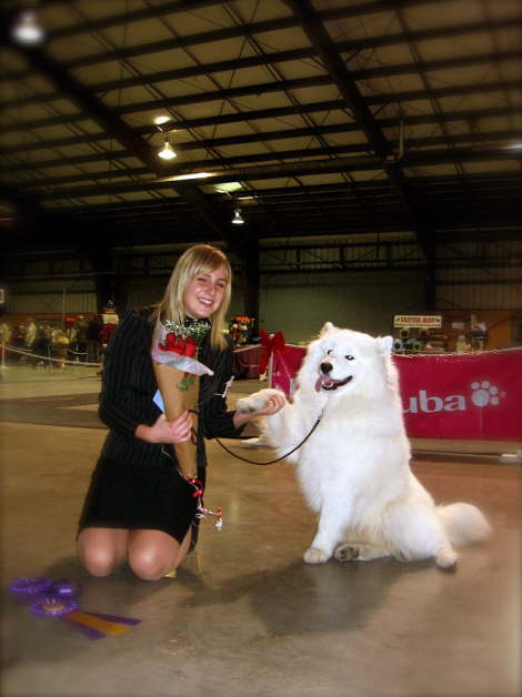 What a adorable team. Junior handler Larissa and Casanova excel in the show ring!
